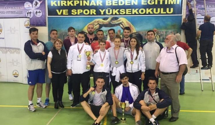 Studenții ovidieni au obținut o medalie de aur, şase de argint şi patru de bronz la Edirne