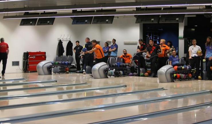 """Arena """"Lake View"""" este mereu gazdă bună pentru competițiile oficiale de bowling"""