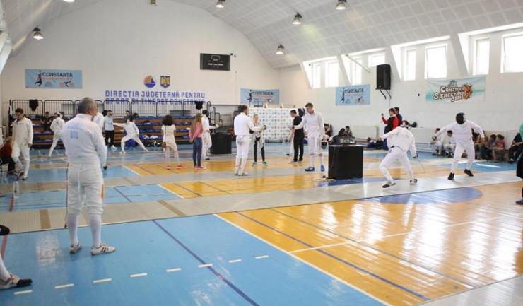 47 de sportivi au participat la una dintre competițiile de tradiție din scrima românească