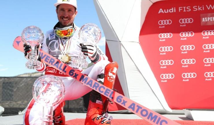 Marcel Hirscher n-a avut destule mâini pentru globurile de cristal cucerite la Aspen!