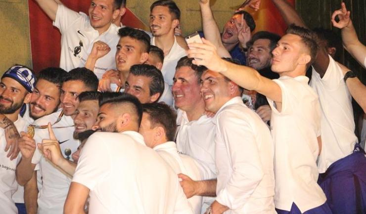 Campionii României au sărbătorit așa cum se cuvine câștigarea titlului