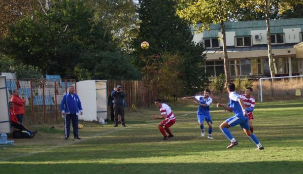 FC Farul Constanța (în albastru) a reușit cea mai categorică victorie la seniori în etapa disputată marți