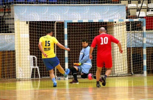 Meciul dintre Telegraf (în roşu) şi AS FCS Old-Boys 2017 Năvodari a fost unul extrem de disputat şi s-a încheiat la egalitate