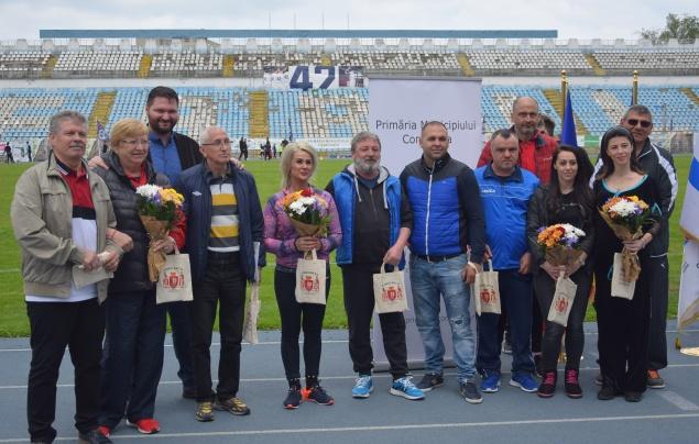 Foşti sportivi de valoare ai Constanţei au fost invitaţi de onoare
