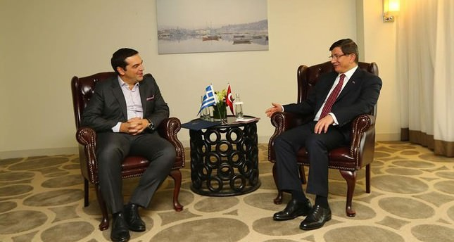 Premierul grec Alexis Tsipras și premierul turc Ahmet Davutoglu