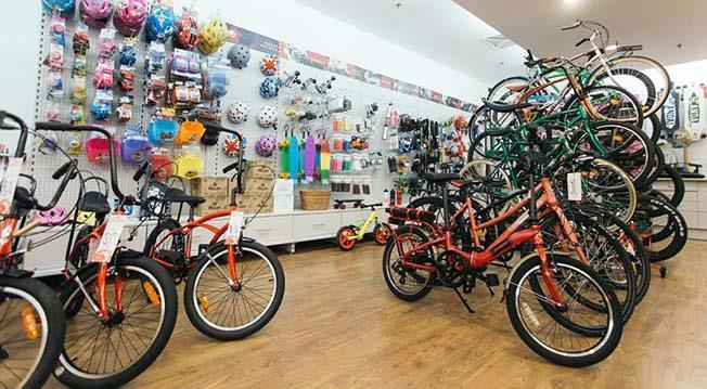 Dacă Primăria nu face nimic pentru bicicliști, magazinul Pegas pune la bătaie 50 de vouchere