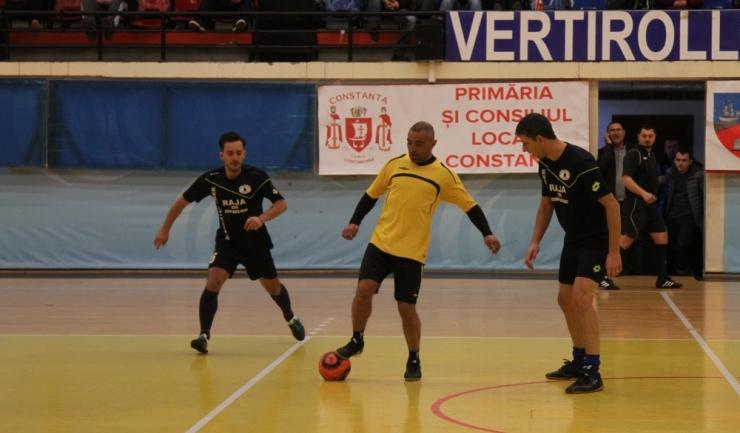 CS Agigea (în galben) a obţinut a doua victorie în grupa E a turneului principal