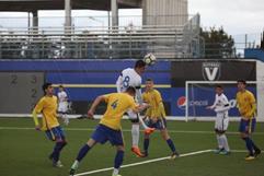 Viitorul U17 (echipament alb) a învins la scor de forfait Petrolul