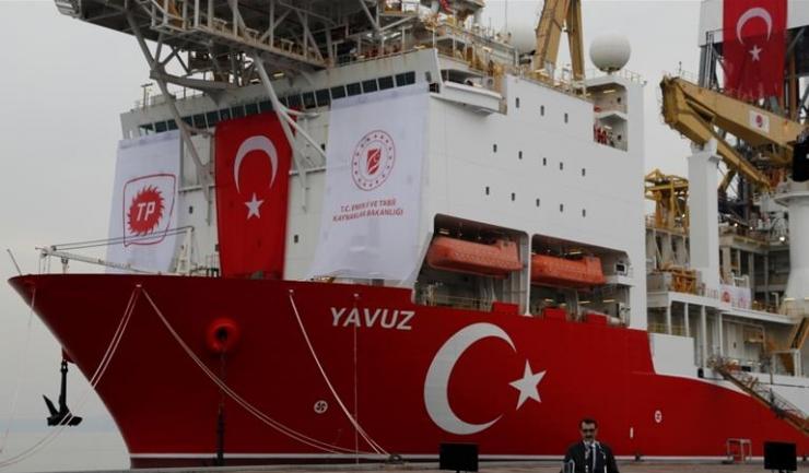 O a doua navă turcească a ajuns în apropiere de coasta Ciprului, pentru a înceap extracţia de petrol şi gaze naturale