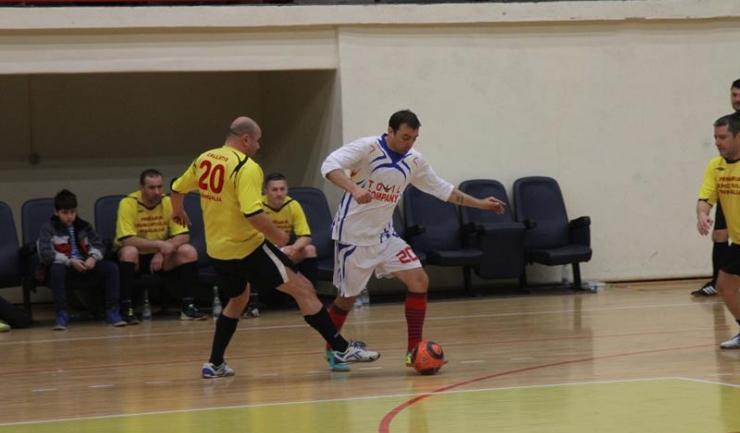 ASC Săgeata Stejaru (în alb) a câştigat la scor duelul cu Ancora Mangalia, din grupa A