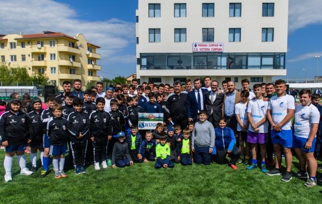 """Lotul selecţionatei 2004 a participat la inaugurarea Complexului Sportiv """"CENTENAR 2018"""" de la Cumpăna"""