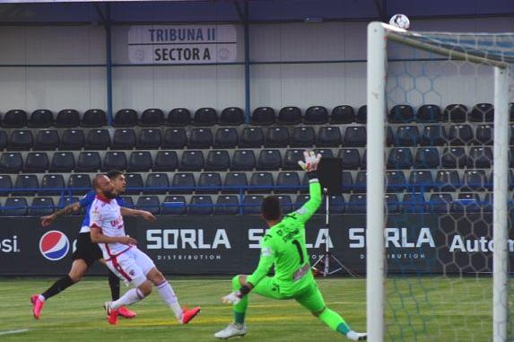 Portarul Straton a fost salvatorul lui Dinamo la Clinceni