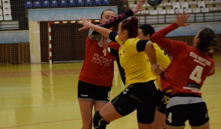 Handbalistele de la CSU Neptun vor juca sâmbătă, în Sala Sporturilor, cu CSM Bucureşti DivA