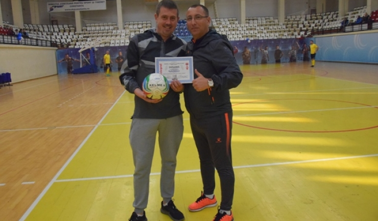 Radu Doicaru (Athletic Club 1973 Constanţa) a reuşit cel mai frumos... autogol al turneului