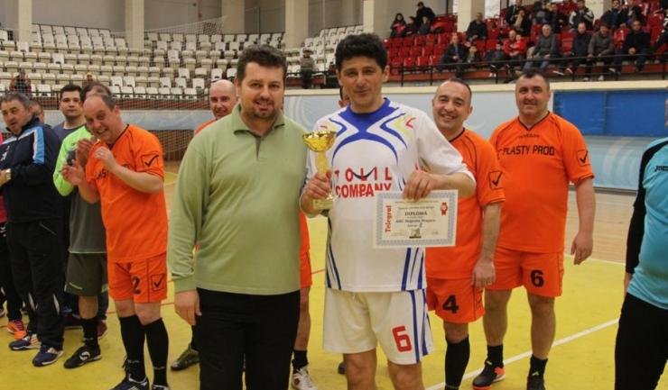 "Miodrag Belodedici a debutat la Trofeul ""Telegraf"" și a ocupat locul secund în turneul ""ultra old-boys"" cu ASC Săgeata Stejaru"