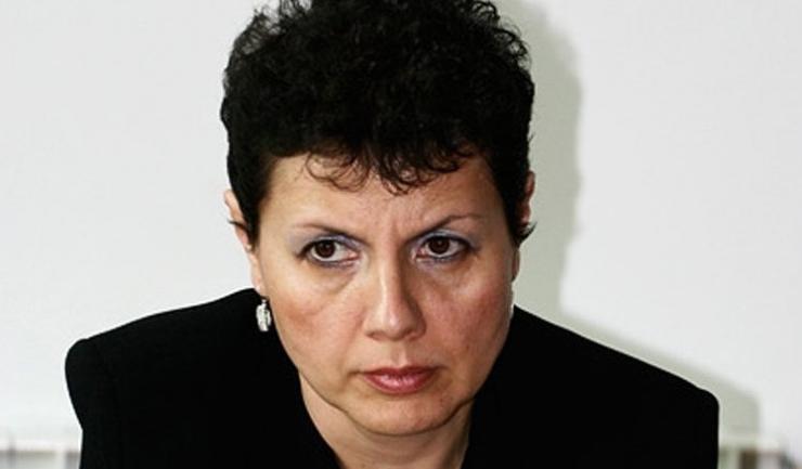 """Adina Florea: """"Sunt onorată şi emoţionată. Trebuie să îmi revin, pentru că am avut emoţii mari, aproape că nu îmi găsesc cuvintele. Sper ca Secţia pentru Procurori să aibă încredere în alegerea făcută de domnul ministru"""""""