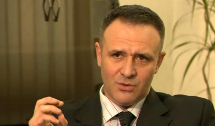 Adrian Iacob, rectorul plasat sub control judiciar în cazul jurnalistei amenințate cu moartea pentru a înceta investigarea modului cum mai multe persoane au obținut titlul de Doctor în cadrul școlii doctorale a Academiei de Poliție, a demisionat