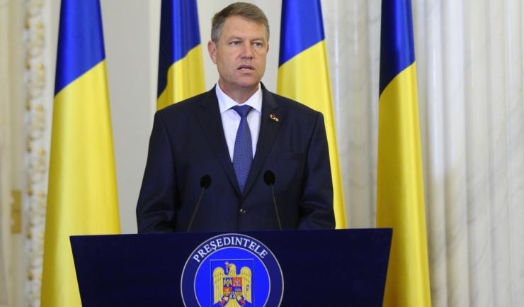 """Fostul deputat susține că președintele Klaus Iohannis ar fi """"prizonierul"""" binomului"""