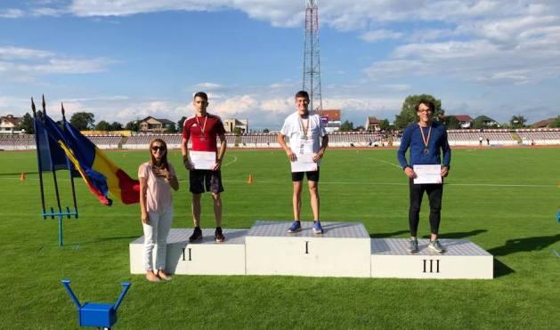 La triplusalt, podiumul juniorilor I a fost sută la sută constănțean: Marian Petre (locul 2), Florin Vișan (locul 1) și Răzvan Grecu (locul 3) (sursa foto: Facebook Alin Larion)