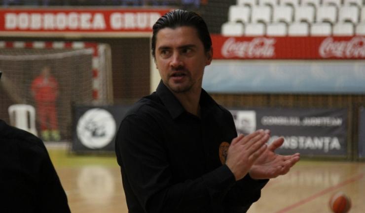 """Alexandru Olteanu, antrenor principal Baschet Club Athletic Constanța: """"Jucătorii nu au avut vacanță, pentru că erau multe probleme de corectat, iar opinia mea este că la echipă o să se vadă un plus față de anul trecut"""""""