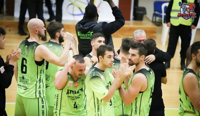 Baschetbaliştii constănţeni au câştigat ultimul meci oficial al anului (sursa foto: Facebook Baschet Club Athletic Constanta)