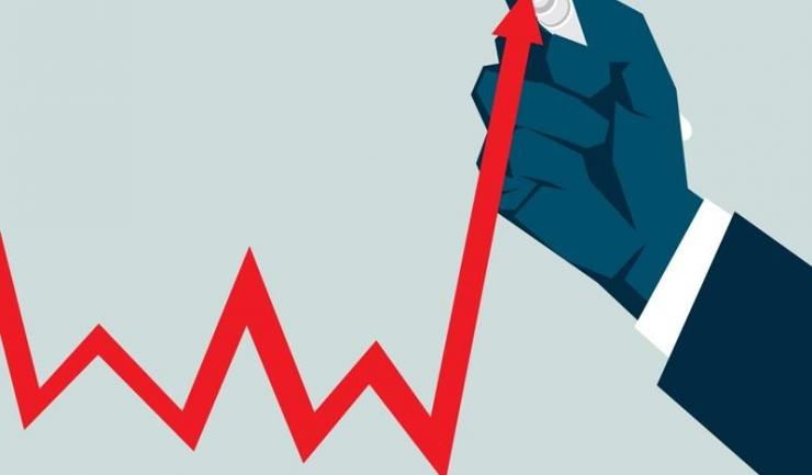 BNR avertizează că sectorul public e singurul în care lefurile au luat-o din nou în sus, în vreme ce-n mediul privat creșterile salarile s-au temperat