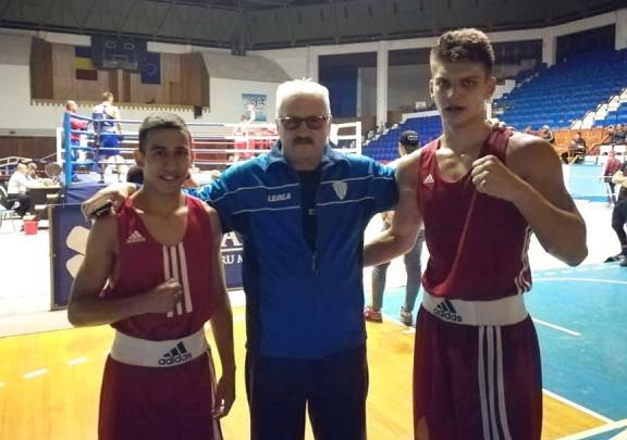 Orhan Marcu, antrenorul Mihai Constantin şi Andrei Drăgan (sursa foto: Facebook)