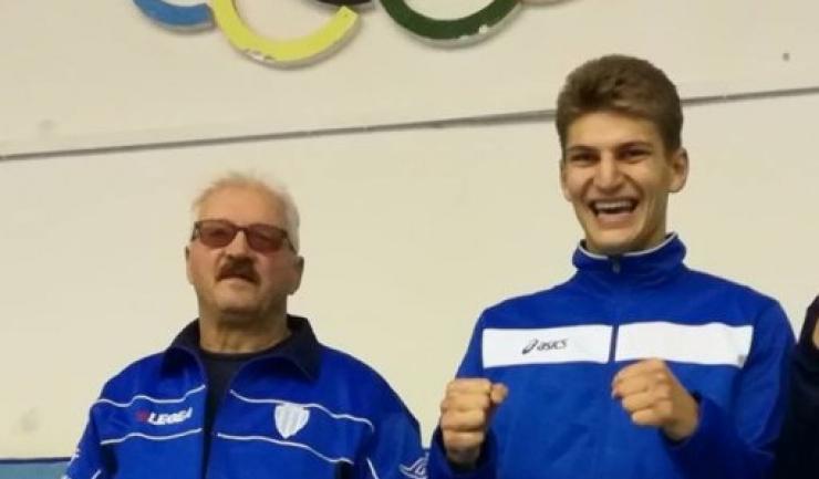 Antrenorul Mihai Constantin şi Andrei Drăgan