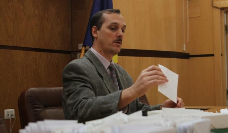 Președintele Tribunalului Constanța, Viorel-Gheorghe Teodor, în cadrul unei trageri la sorți, a desemnat judecătorii din cadrul Biroului Electoral Județean