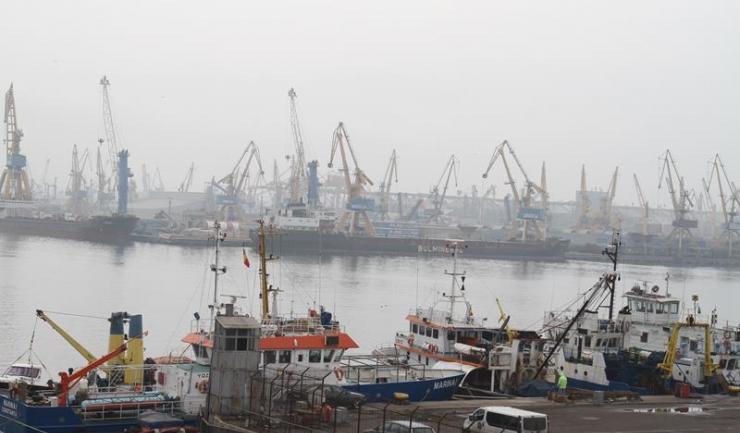 Ministerul Mediului de Afaceri vrea să îi sprijine pe exportatori, oferindu-le fonduri nerambursabile pentru promovare, târguri și misiuni de afaceri