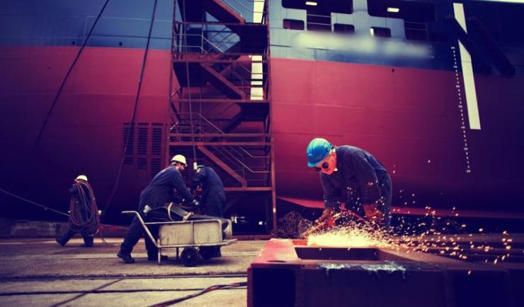 Comenzile noi din industrie au crescut cu 7%, în ianuarie - august
