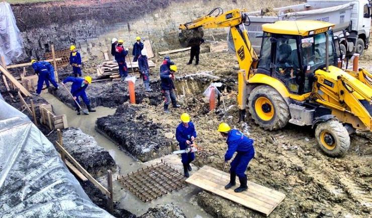Construcțiile au crescut cu aproape 7%, în ianuarie, față de aceeași lună din 2015