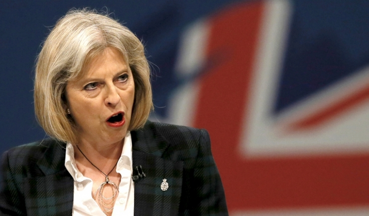 Premierul Theresa May: