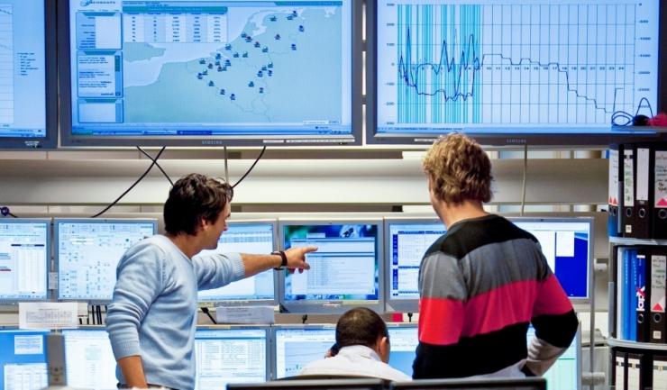 ANRE și CC vor face schimb de informații și date cu privire la comportamentul jucătorilor din energie