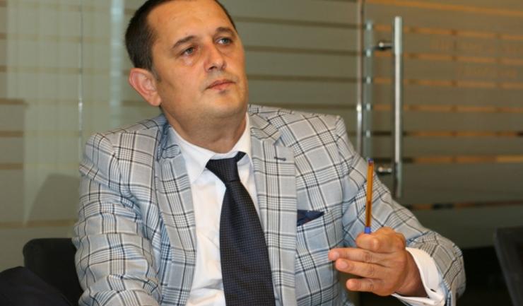 """Avocatul Gheorghe Piperea: """"Dacă întrebarea va fi să continuăm sau nu lupta anticorupție, un astfel de referendum va fi inutil și se va dovedi și naiv"""""""