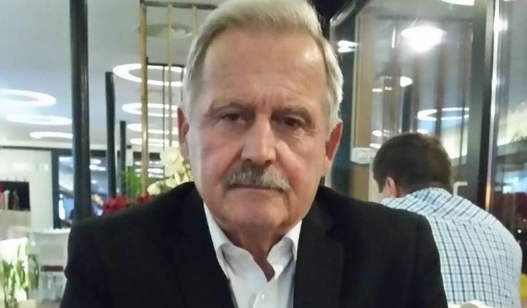 """Ioan Macoveciuc, profesor de tenis al Liceului cu Program Sportiv """"Nicolae Rotaru"""