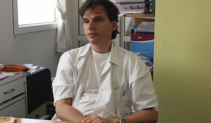 """Șeful Clinicii Obstetrică-Ginecologie a SCJU, prof. univ. dr. Vlad Tica, pentru """"Telegraf"""": """"O femeie aflată la menopauză ar trebui să meargă la medic măcar o dată pe an (...)"""""""