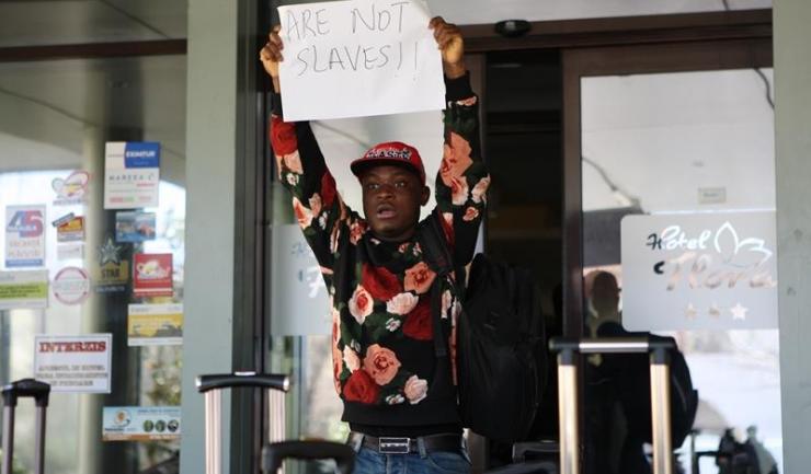 Cine i-a supărat pe studenții nigerieni de la UMC?