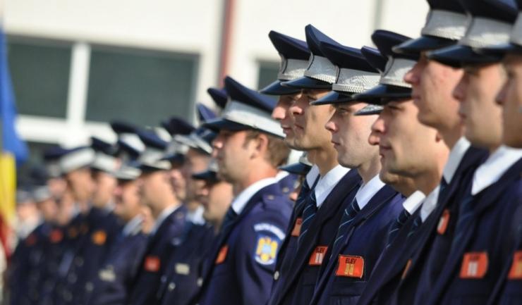 Toate întâlnirile mele cu polițiștii români au fost memorabile. O fi de bine sau de rău?