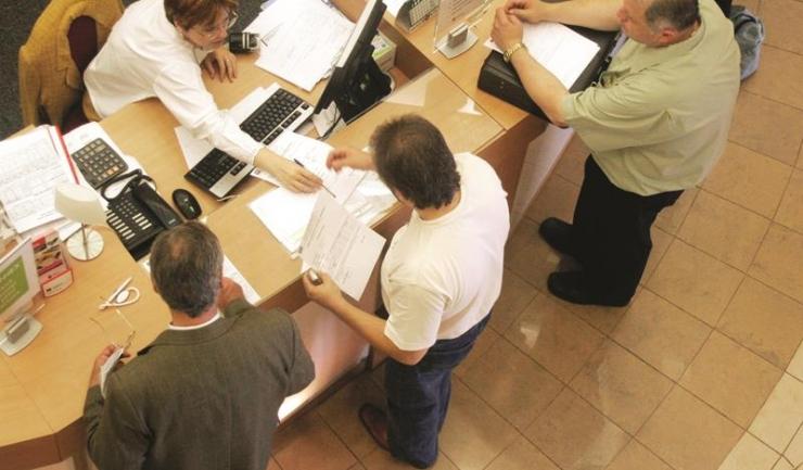 Tot mai multe instanțe din țară dau decizii definitive în favoarea consumatorilor și nu a băncilor