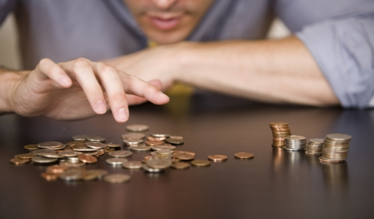Only in Romania: salariul mediu de la stat riscă să fie cu 30% mai mare decât cel din mediul privat...