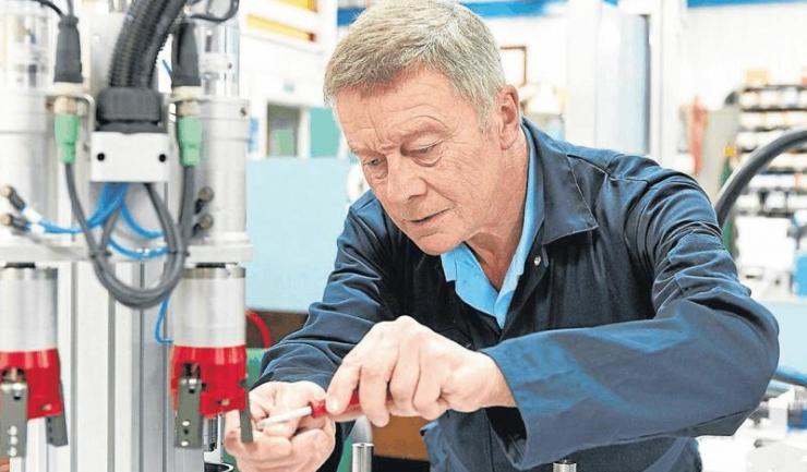 Germania vrea ca lumea să muncească până la 69 de ani. Poate le vine și altora ideea asta năstrușnică