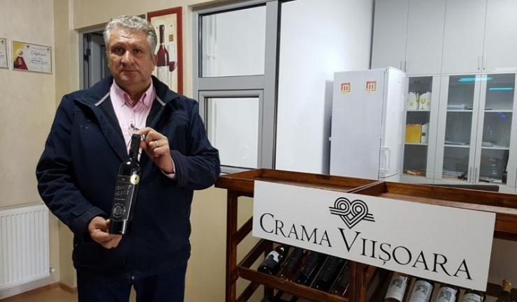 """Gheorghe Albu: """"Vinul este foarte sensibil, cu el trebuie să te comporți așa cum o faci cu o femeie, trebuie să fii blând, pentru că atunci și el îți va răspunde la fel, cu blândețe..."""""""