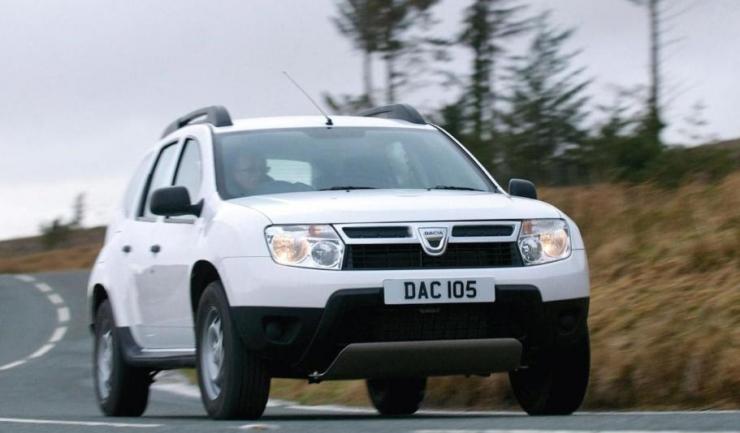Renault recheamă în service 2.000 de autovehicule Dacia Duster din România, pentru probleme la sistemul electric al claxonului