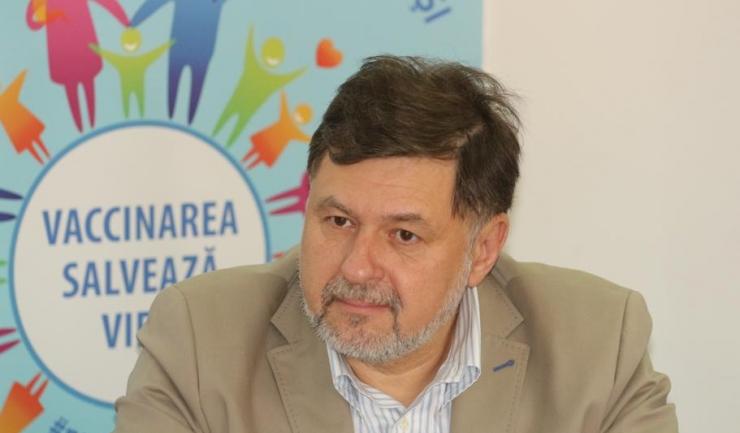 """Președintele SRM, dr. Alexandru Rafila: """"Din punct de vedere medical, nu s-au demonstrat îmbolnăviri cauzate de vaccinuri"""""""