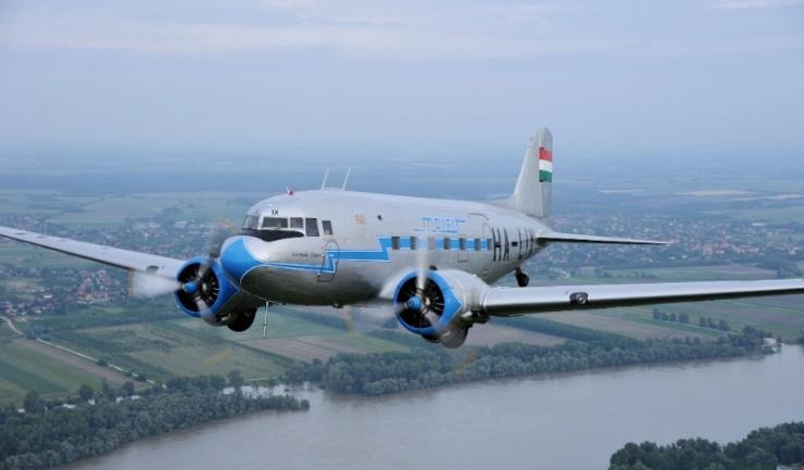 Experiență unică la Aeromania! Zbor vintage cu un avion unic în lume!