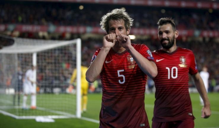 Fabio Coentrao (nr. 5) și Danny au contribuit la calificarea Portugaliei la EURO 2016, însă accidentările îi împiedică să joace la turneul final din Franța