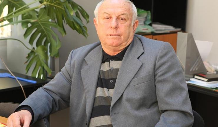 """Primarul comunei Dumbrăveni, Gheorghe Cenușă: """"Noi cu Maria noastră (mama lui Georgică) am avut mereu probleme, l-a lăsat pe Georgică în spital la naștere și a dispărut... Am făcut numeroase anchete sociale."""""""