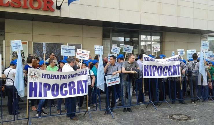 Sindicaliștii Federației Hipocrat amenință că vor relua protestele dacă proiectul legii salarizării nu va rezolva inechitățile din sistem