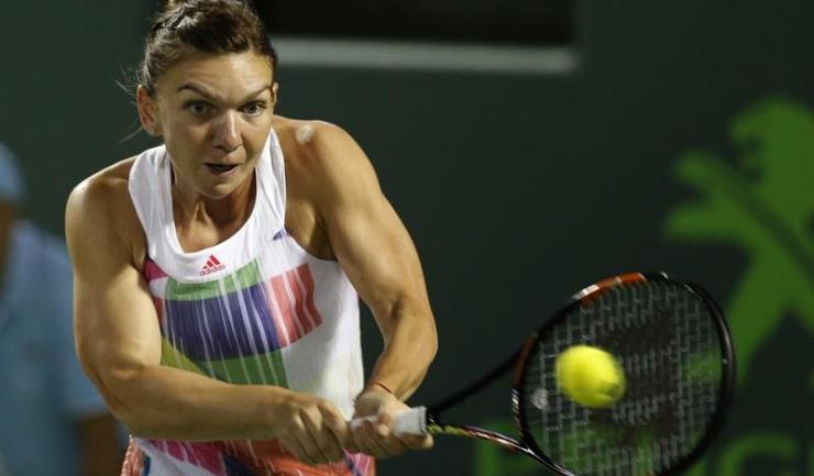 Simona Halep joacă duminică seară, în primul tur de la Roland Garros, cu japoneza Nao Hibino